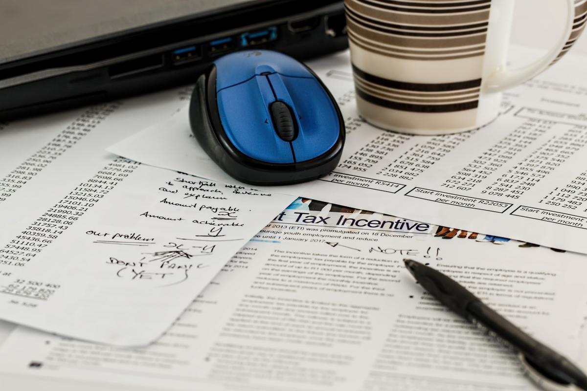 Servicio de asesoría fiscal en Málaga.Impuestos, cuestiones fiscales y tributarias. Martín Mingorance, tu asesoría fiscal de confianza
